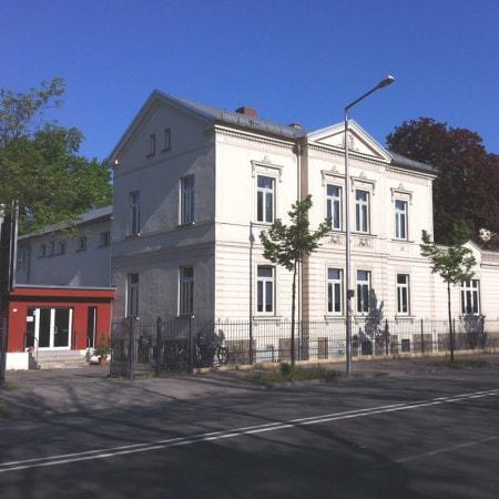 Die Leipzig Medical School bietet Kurse für Medizinstudenten an.